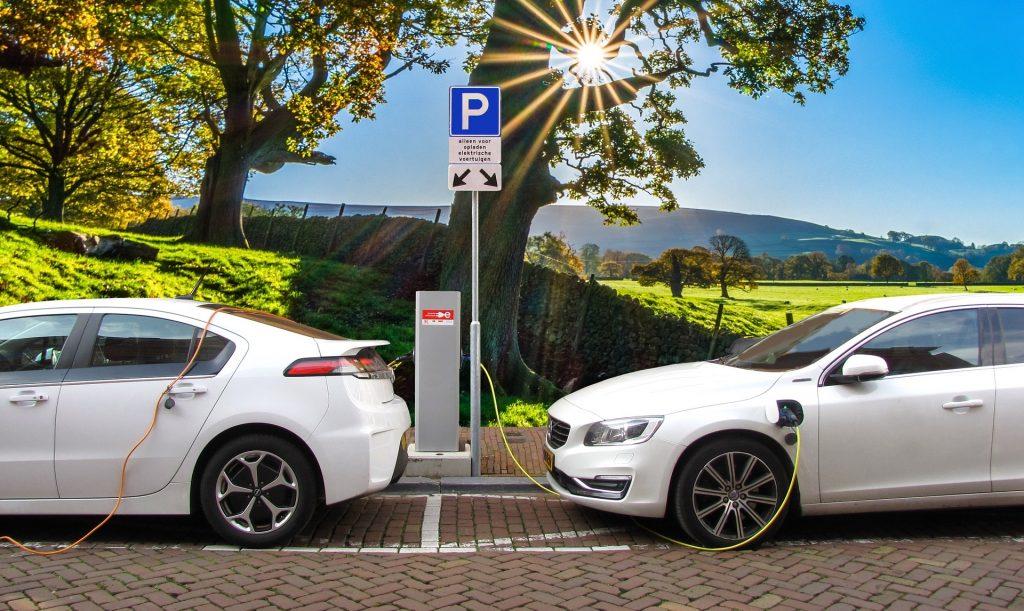 Sähköautot